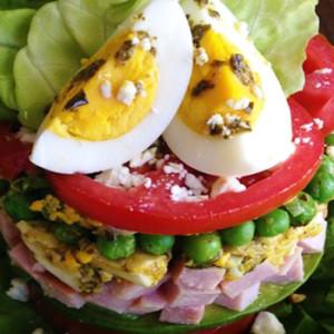 "Pretty in ""Pesto"" Cylinder Salad"